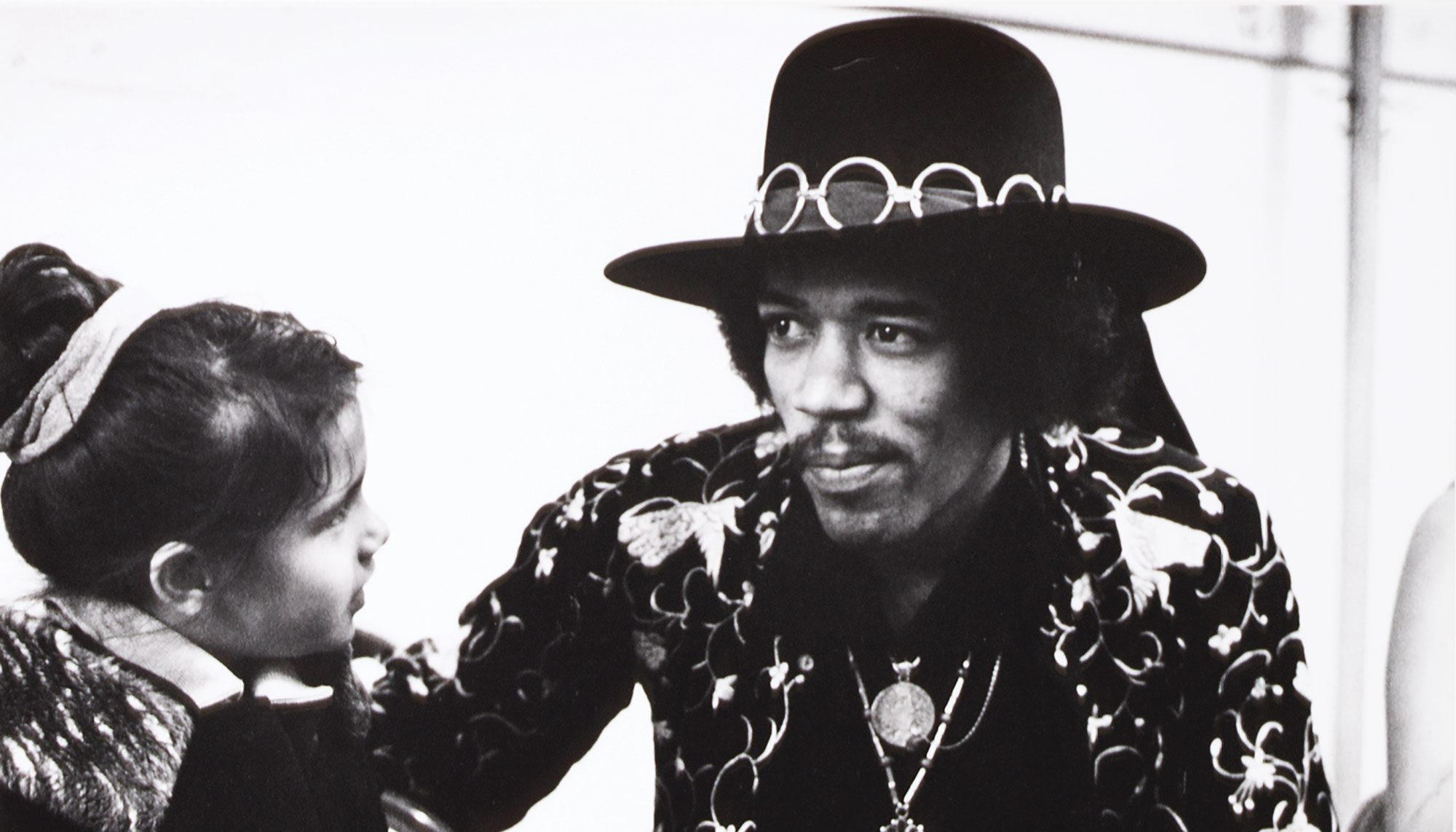 50 years ago backstage with jimi hendrix at his 1968 seattle homecoming seattle business magazine. Black Bedroom Furniture Sets. Home Design Ideas