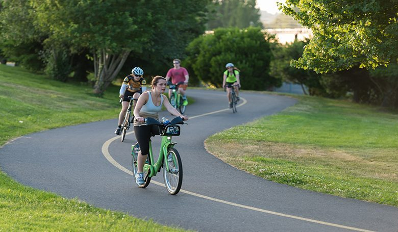 Bicycling to work has economic advantages